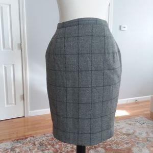 Gray plaid wool skirt